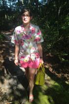 hot pink Gap shorts - yellow kate spade bag - white RH  Vintage on Etsy blouse
