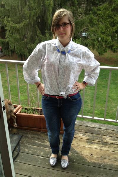 hot pink Target belt - blue Seven jeans - violet baublebar necklace