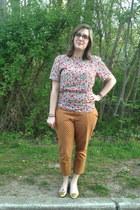 ivory vintage top - light orange Old Navy pants - hot pink Rivet & Sway glasses