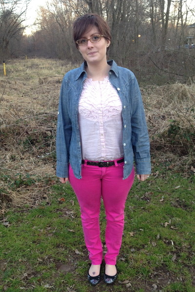 light pink ruffle top Gap top - hot pink Forever 21 jeans