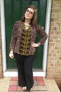 Black-firmoo-glasses-brown-fever-cardigan-olive-green-forever-21-blouse