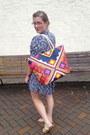 Hot-pink-target-bag-violet-trashy-vintage-dress