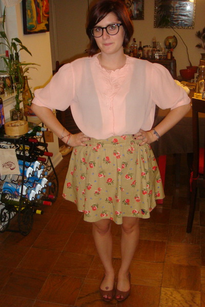 salmon pink blouse thrifted vintage blouse - camel abercrombie and fitch skirt