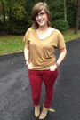 Beige-wanted-boots-camel-loft-top-red-forever-21-pants