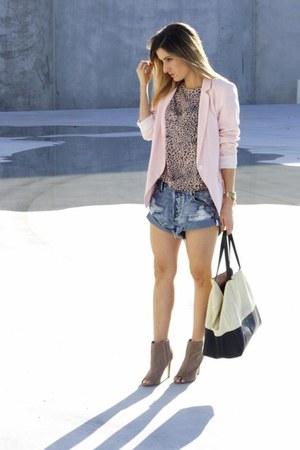 Mad Love top - Celine bag - One Teaspoon shorts