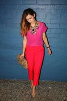Sportsgirl necklace - vintage bag - hot pink Sportsgirl top