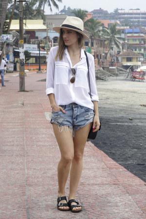 Sportsgirl shirt - One Teaspoon shorts