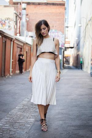 Teagan Jacobs top - Zara heels