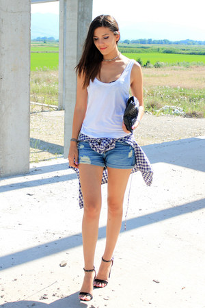 navy denim Bershka shorts - white loose Mango top - black spikes Zara sandals