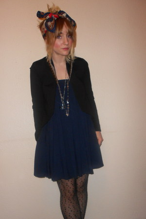 headscarf thrifted vintage scarf - Primark blazer - Topshop tights