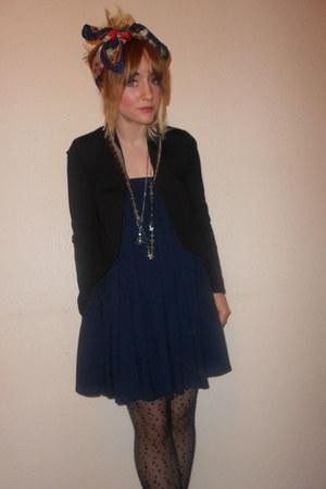 headscarf thrifted vintage scarf - Primark blazer - Topshop tights
