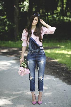bubble gum vintage blouse - black quay sunglasses - vintage pants