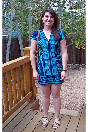 blue banana republic dress - brown Urban Outfitters shoes - brown Fossil bracele