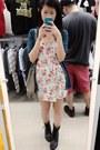 Floral-forever-21-dress-h-m-bag