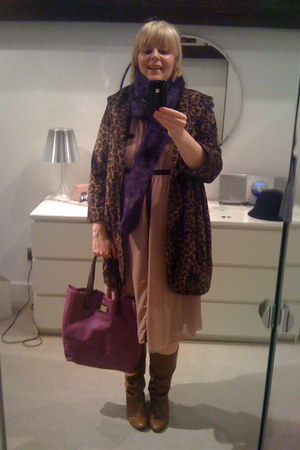 light brown asos coat - amethyst River Island bag
