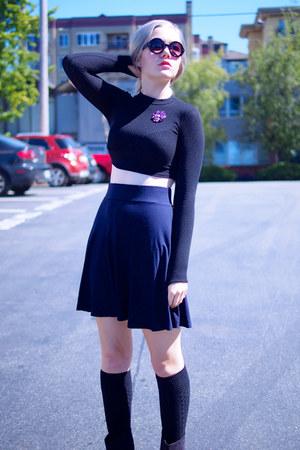 black Forever 21 top - navy Loft skirt