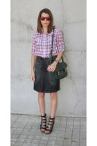 Zara shirt - Wardrobe bag - Opticas line sunglasses - Mango skirt