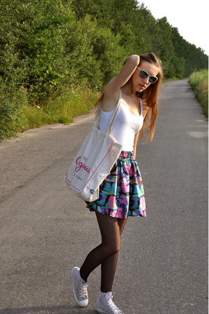 Topshop skirt - Converse flats