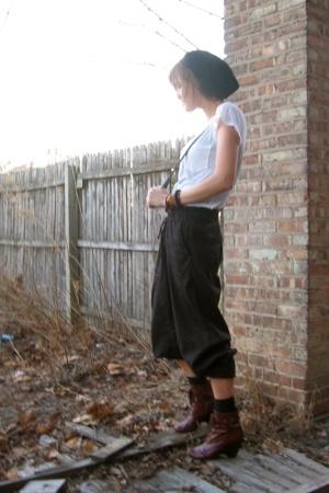 pants - hat - boots - t-shirt