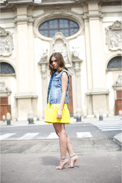 yellow Three Floor dress - blue silvian heach jacket