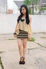 Black-gaudi-necklace-nude-mavrica-top-black-unbrandded-skirt