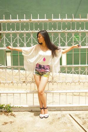 white crochet Forever 21 top - bubble gum Topshop shorts - aquamarine H&M heels