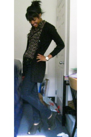 black boyfriend H&M cardigan - black Steve Madden shoes