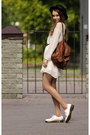 Dark-brown-dr-martens-shoes-river-island-dress-ivory-hat