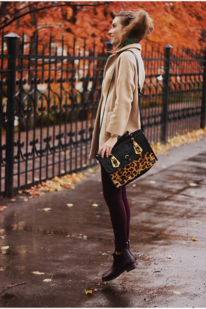 maroon rain boots ted baker shoes - tan Helen Berman coat