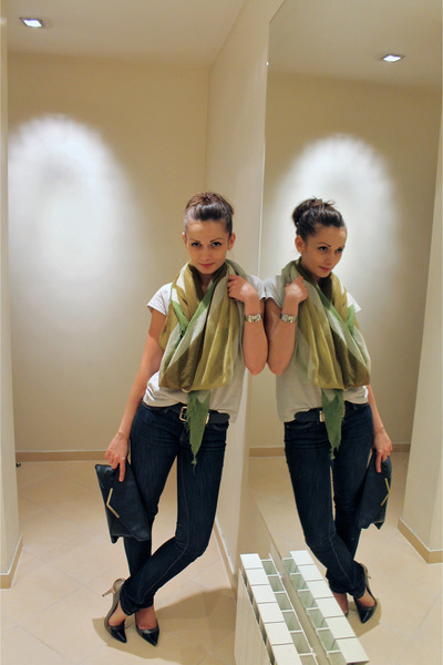 olive green united colors of benetton scarf - navy Mango jeans