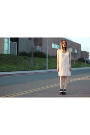 Forever 21 shoes - Nordstrom dress