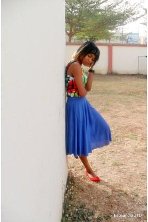 red UTD blouse - blue newyearlook UTD skirt