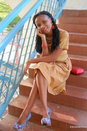 mustard UTD skirt