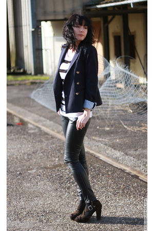 black Adolfo Dominguez leggings - Zara blazer - H&M shirt