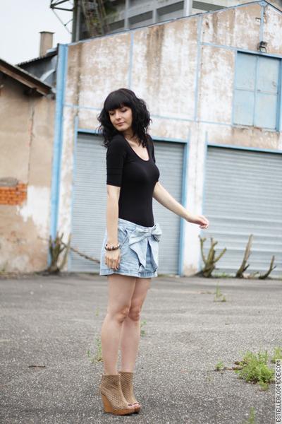 black Topshop - blue Zara shorts - beige Bershka shoes