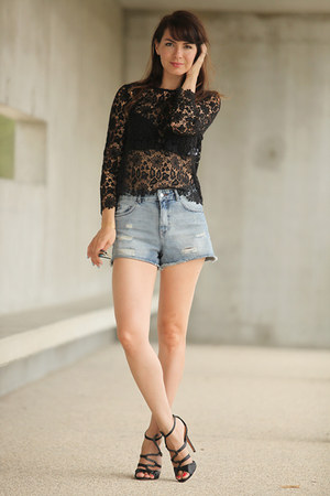 Pimkie shorts - Schutz sandals - ba&sh blouse