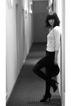 black H&M leggings - white H&M cardigan - black H&M shoes