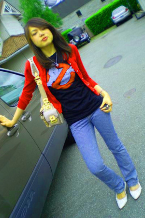 Kamiseta jacket - Urban Outfitters t-shirt - Guess purse - off the wall jeans