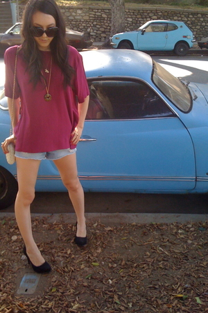 Forever 21 shorts - Forever 21 shoes - vintage blouse - vintage purse
