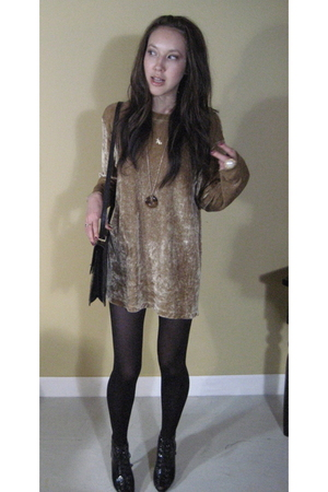 dress - Forever 21 shoes - Chanel purse - Forever 21 tights - Forever 21 accesso