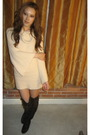 Beige-bebe-dress-brown-forever-21-boots