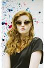 Color-block-style-moi-bag-metallic-cateye-zerouv-sunglasses