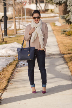 Joe Fresh jeans - H&M shirt - Michael Kors bag - kate spade sunglasses