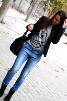 blue Alcott jeans - black Bershka boots - black hakei jacket - black hakei bag