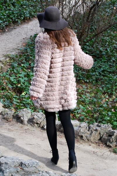 beige Judi Rosen coat - black fabric scrap boots - brown vintage hat