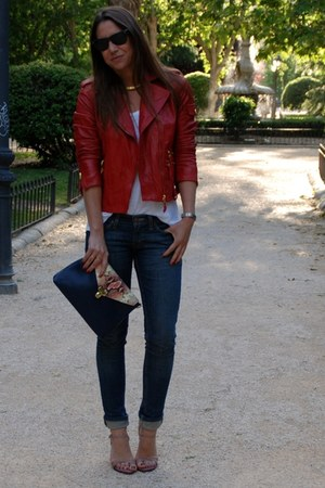 ruby red Massimo Dutti jacket - navy Levis jeans - navy Massimo Dutti bag