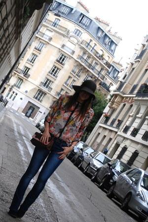 pull&bear blouse - blue Alcott jeans - dark brown BLANCO hat