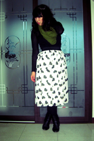 boots - shirt - tights - circle scarf - heart-printed skirt - vintage bracelet
