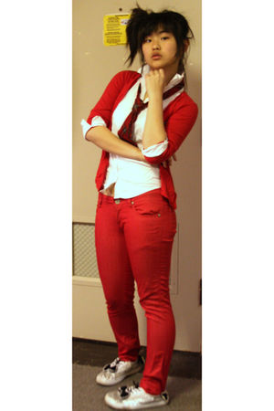 red top - red Zara pants - silver shoes