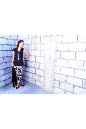 black silk CBRL vest - white apartment 8 leggings - black cotton Uniqlo top